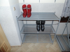 Podgrzewana półka do suszenia butów